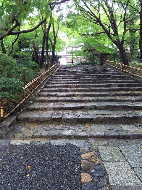 龍安寺への石段。